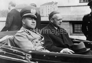 Ciano si Ribbentrop - ministrii de externe ai Italiei si Germaniei - artizanii tratatului de la Viena