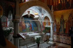 Mormantul lui Stefan cel Mare - manastirea Putna