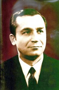 Portret al lui Ion Iliescu de la sfarsitul anului 1974, pe cand era prim-secretar al judetului Iasi