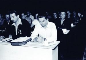 Ion Iliescu (centru), la o consfatuire a UTC, la sfarsitul anilor '50 - inceputul anilor '60