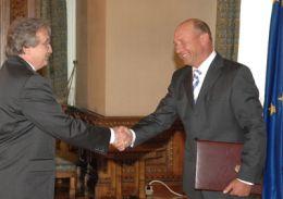 Oskar Fuzes si Traian Basescu