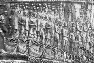 Columna lui Traian - detaliu, scena trecerii Dunarii