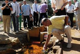 "Traian Basescu ""inspectand"" Rosia Montana"