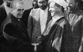 Nicolae Ceauşescu şi preşedintele iranian Ali Akbar Hashemi Rafsanjani, în decembrie 1989. FOTO: Scînteia